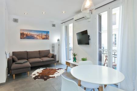 Charmoso apartamento para alugar na Carrer de Magalhães