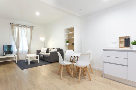 Apartment for Rent in Barcelona Villarroel - Tamarit