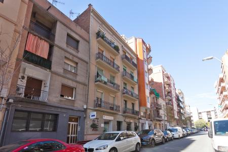 Apartment for Rent in Barcelona Benavent - Travessera De Les Corts
