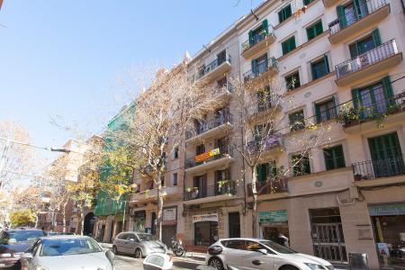 Appartamento con studio in affitto a Les Corts