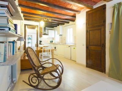 Appartamento in Affitto a breve termine a Barcelona Fontrodona - Piquer
