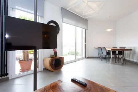 Apartamento duplex para alugar em Sant Martí