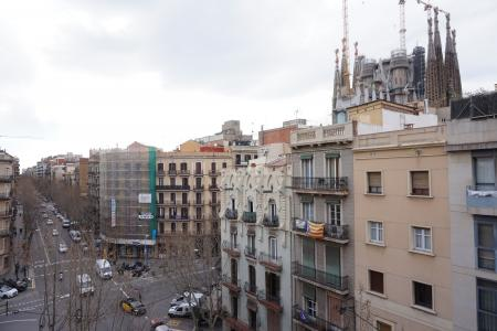 Piso en Alquiler en Barcelona València - Marina