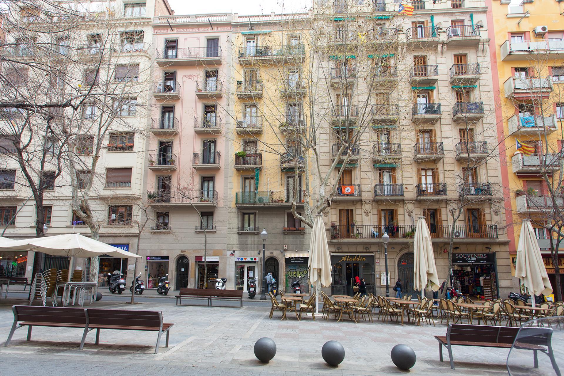 Appartement vendre barcelona l 39 eixample piso con licencia turistica avenida gaudi - Piso con licencia turistica barcelona ...