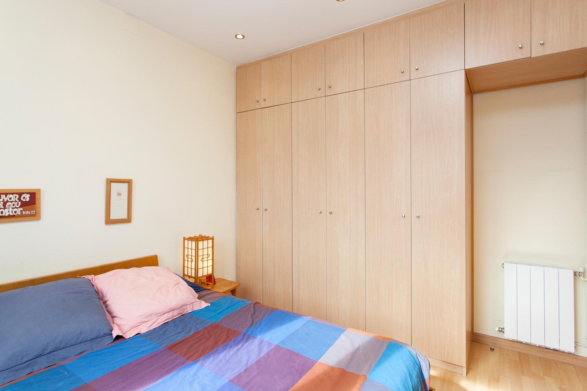 Apartment Sale Barcelona Sant Mart Josepa Massanes Besalu # Muebles Google Translate