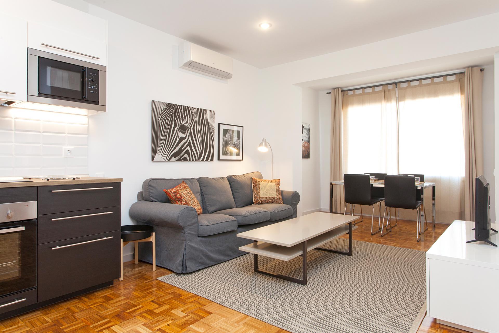 Apartamento para Alugar em Barcelona Ronda De Sant Pere - Plaza Cataluña