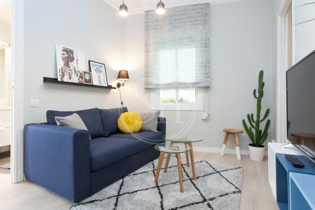 Appartamento con terrazza in affitto in via Pasaje Garcini