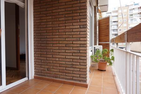 Piso en Alquiler en Barcelona Mejia Lequerica - Gran Via Carles Iii