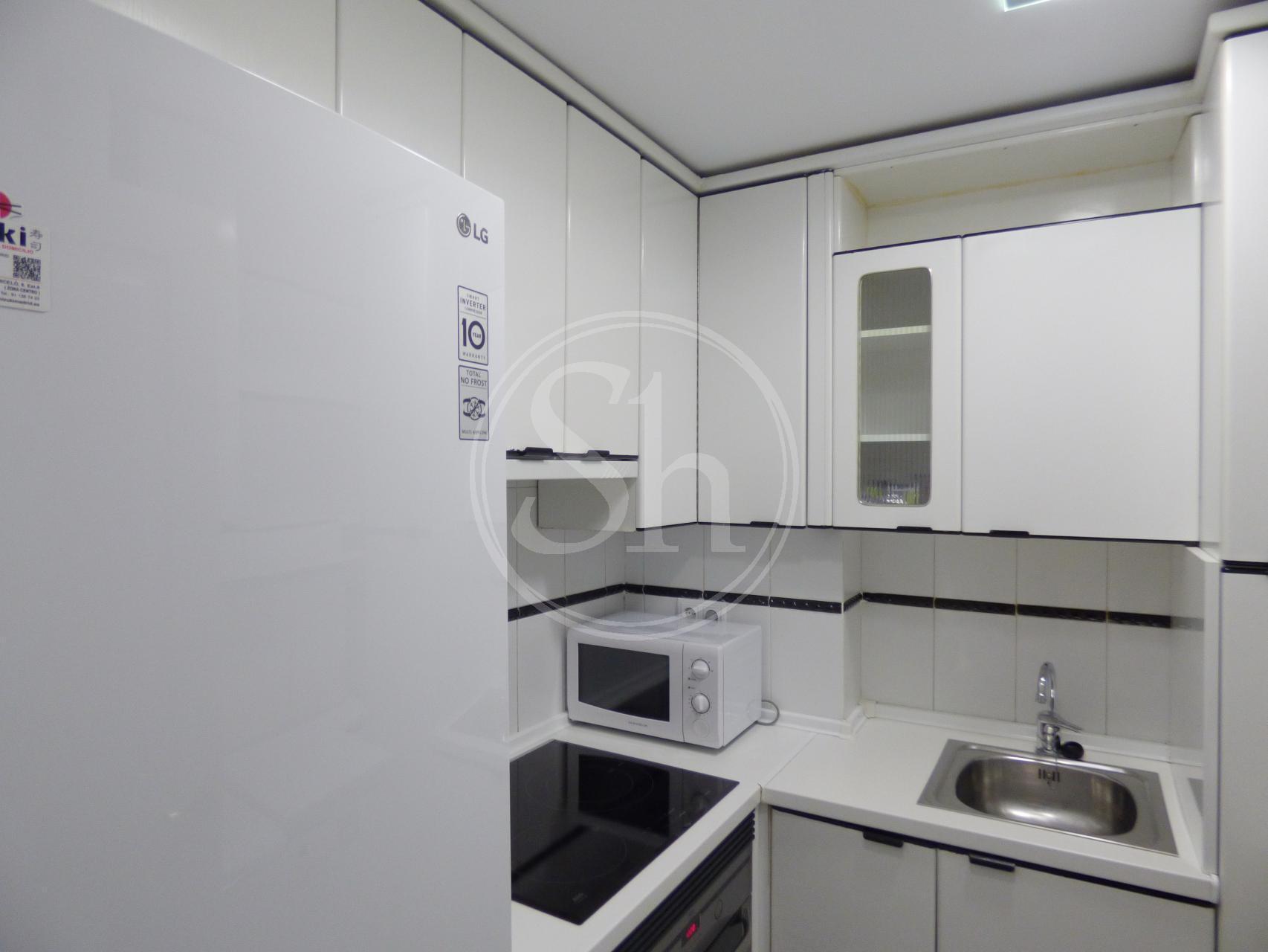 Apartamento en alquiler madrid chamber general rodrigo - Cocinas guzman ...