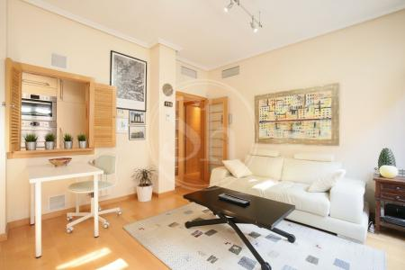 Apartment for Rent in Madrid Carlos Arniches - Ribera De Curtidores