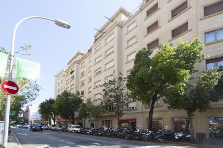 Piso en Alquiler en Barcelona Casanova - Valencia
