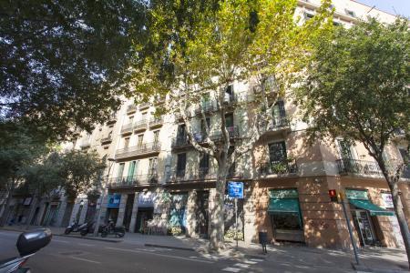 Linda moradia para alugar na Carrer de Sepúlveda