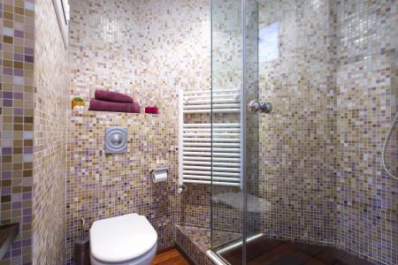 Appartamento con due stanze da letto e balcone in via Floridablanca