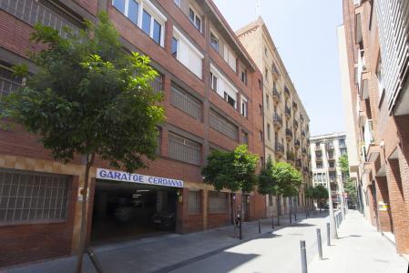 Apartment for Rent in Barcelona Passatge Valeri Serra-diputació (parking Optional)
