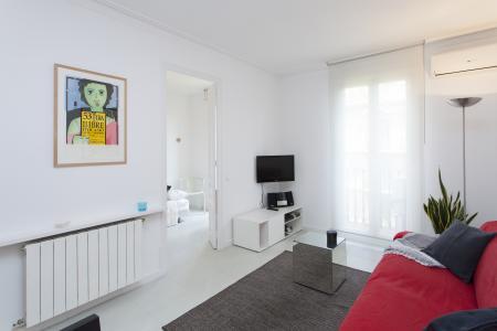 Appartamento con due stanze da letto in affitto in Via Aribau
