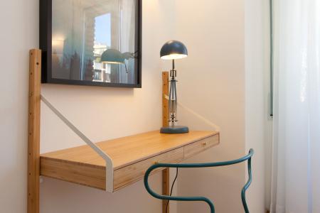 Appartamento in Affitto a Barcelona Passatge Forasté - Plaça Kennedy