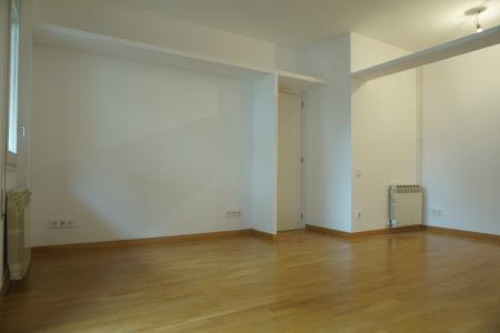 Apartment for Rent in Barcelona Gomis - Pl. Alfonso Comín