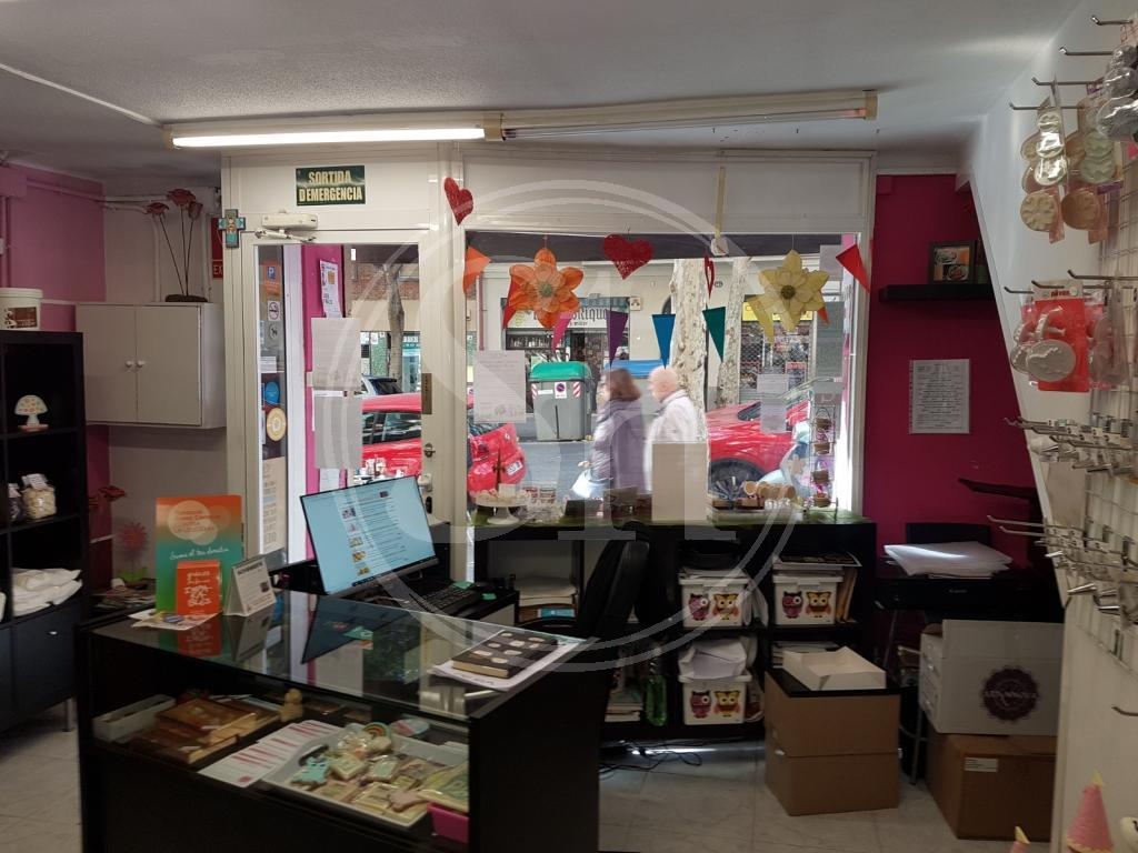 Locale commerciale in vendita a Barcelona Castillejos - Antoni Mª Claret