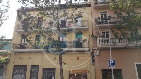 Apartment for sale in Barcelona Badajoz - Pere Iv