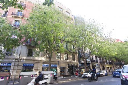 Piso en Alquiler en Barcelona Villarroel - Tamarit