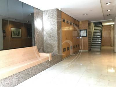 Apartment for sale in Barcelona Espronceda - Josep Estivill