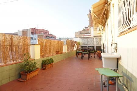 Penthouse for Rent in Barcelona Alcaldes De Mòstoles - Ronda Del Guinardó