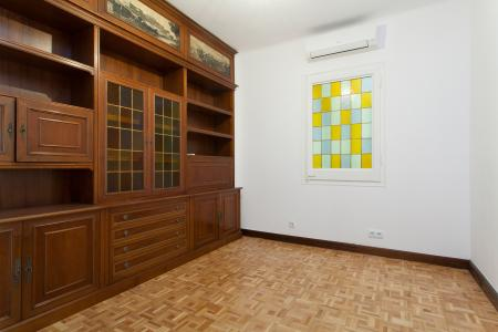 Apartment for Rent in Barcelona Av. Roma - Casanova