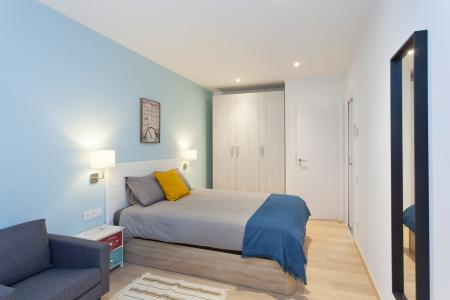 Impressive flat with balcony to rent in the Gracia district