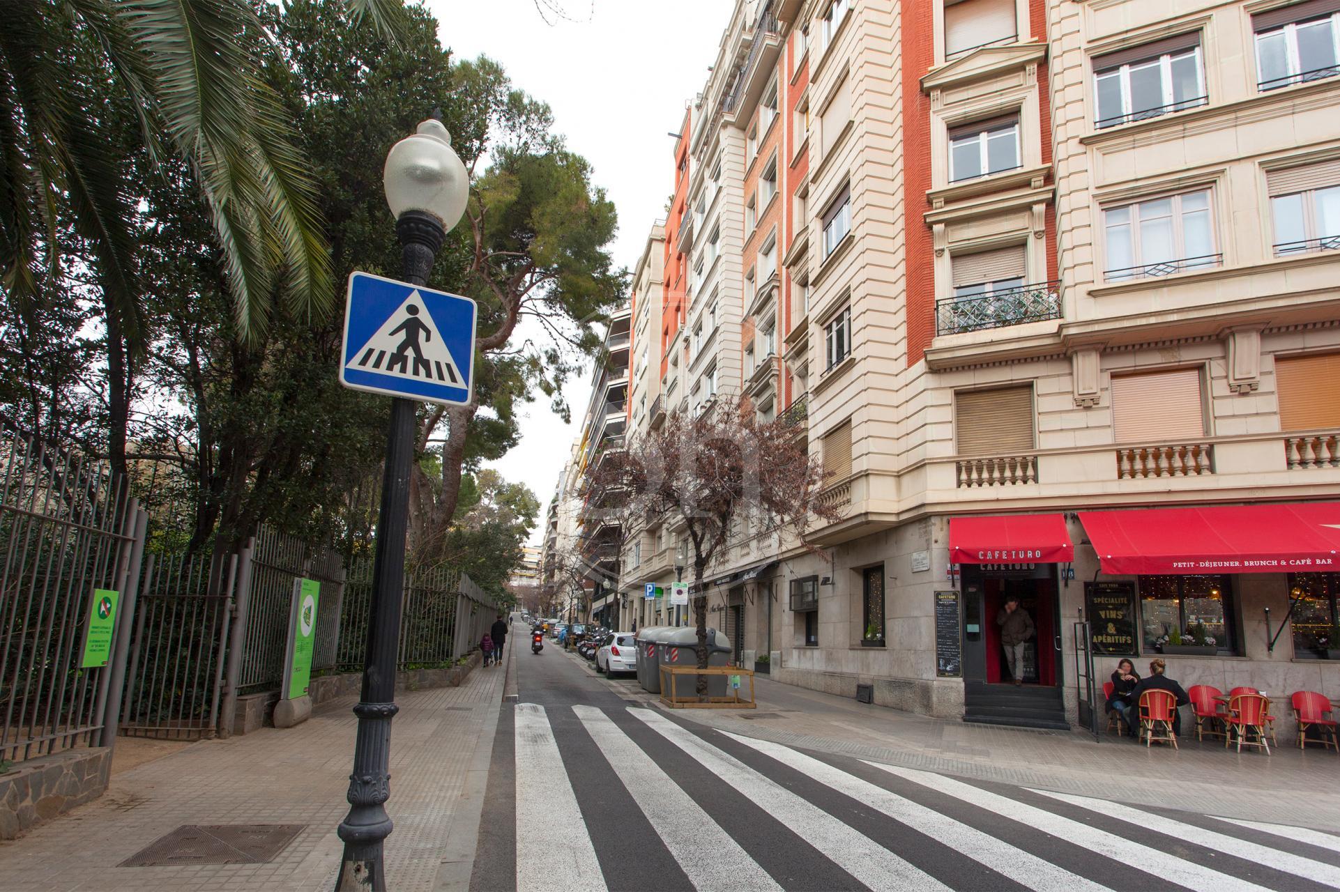 Pis en lloguer barcelona sarri sant gervasi ferran agull tur park - Lloguer pis barcelona particular ...