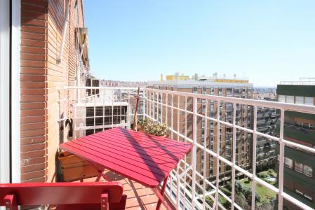Piso cálido en alquiler en Avenida de Menéndez Pelayo enfrente del Parque del Retiro