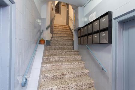 Apartamento de dois dormitórios para alugar na R/Perot