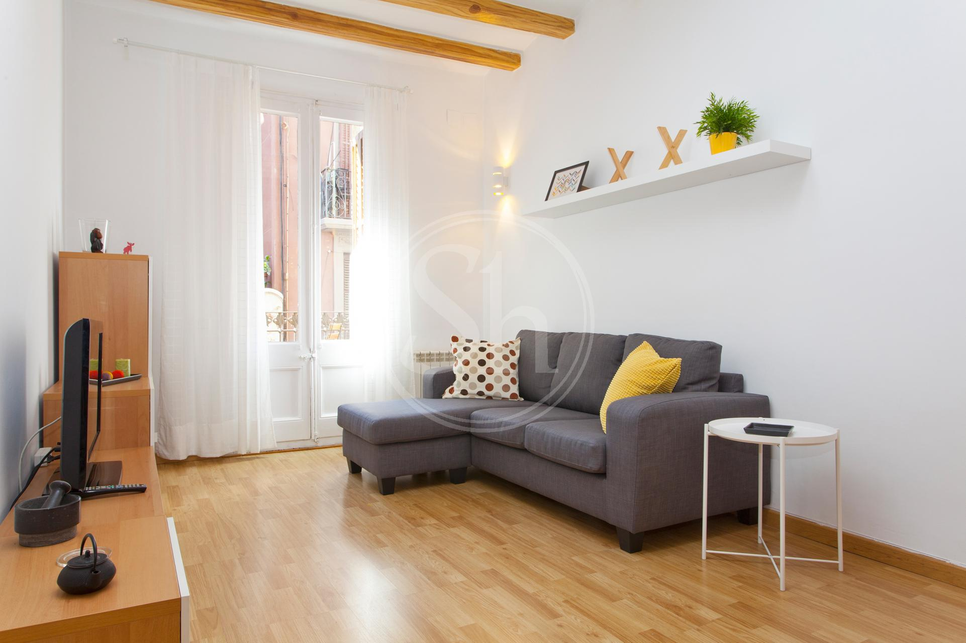 Apartment for Rent in Barcelona Passatge Prunera - Paral·lel (wi-fi Soon)