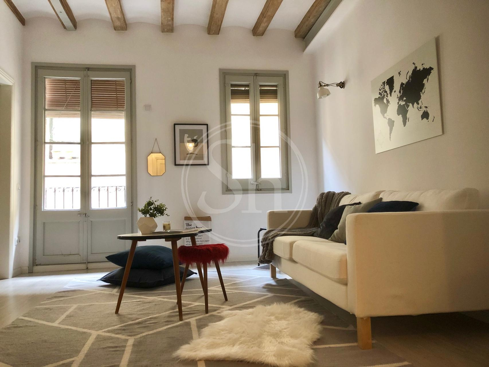 Spectacular flat to rent in the Old Town Barcelona