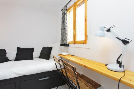 Appartamento con terrazza in affitto in via Galileu