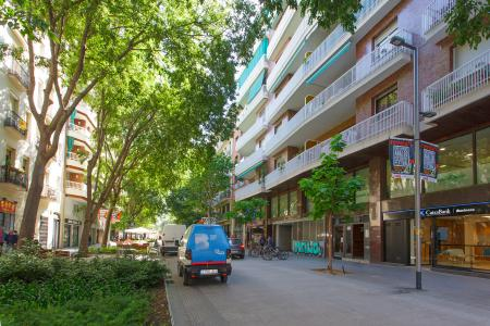 Apartment for Rent in Barcelona Tamarit - Mercat Sant Antoni (wi-fi Soon)