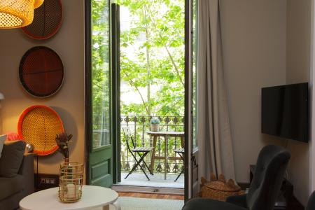 Bright flat to rent very close to Paseo de Gracia