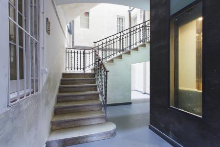Prestigioso attico in affitto in via Salomo Ben Adret