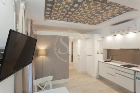 Newly renovated furnished flat with balcony to rent in Barceloneta
