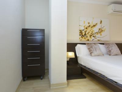 Appartamento in Affitto a breve termine a Barcelona Gracia - Vallcarca