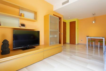 Luminoso apartamento para alugar na r/ Jocs Florals