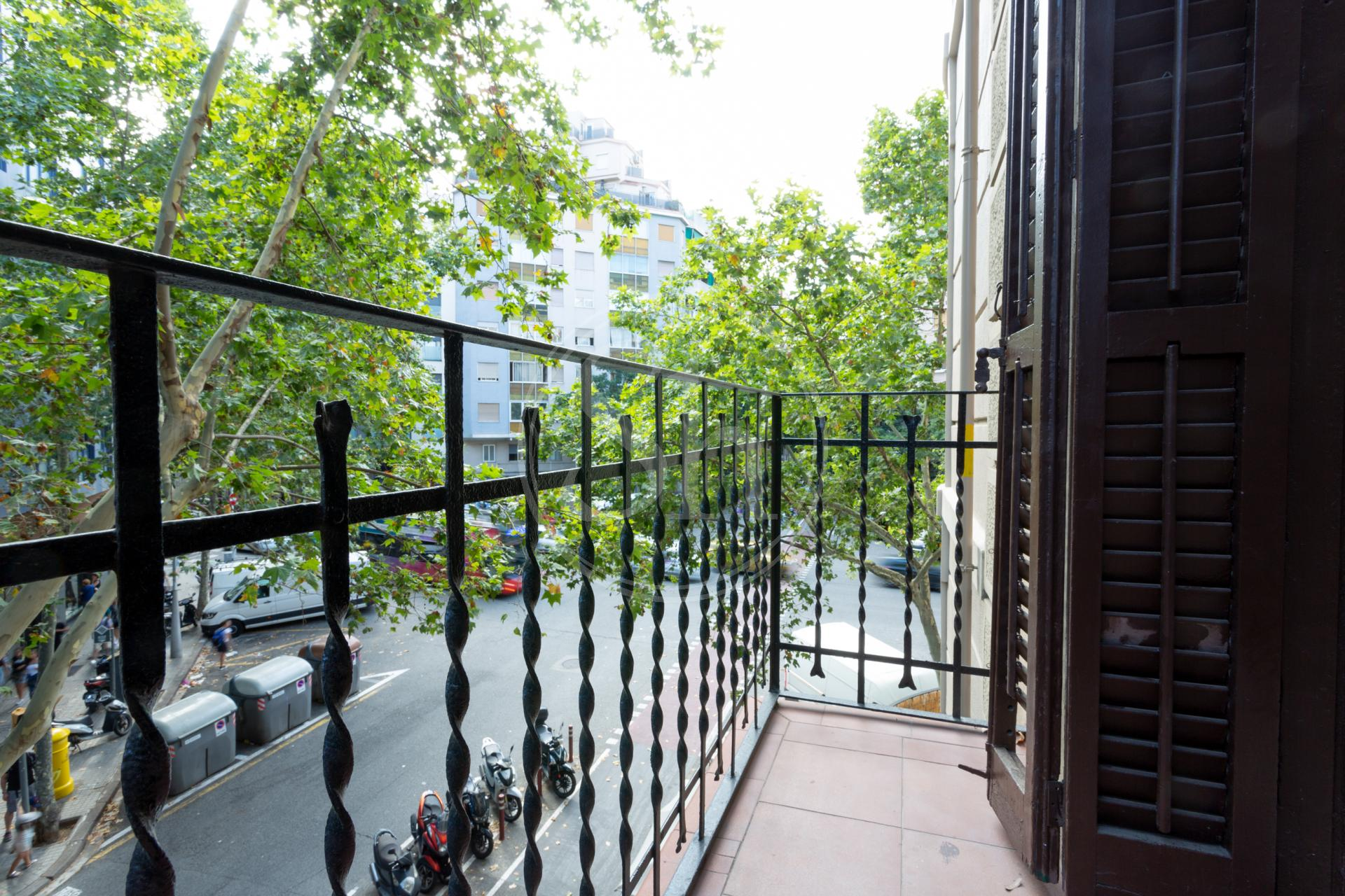 Apartment for sale in Barcelona Sardenya-rosselló