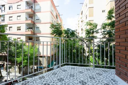 Apartment for sale in Barcelona Cienfuegos - Olesa