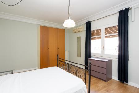 Квартира в аренду в Barcelona Av. Roma - Casanova