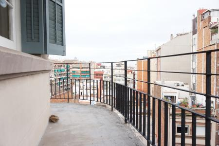 Appartement te huur in Barcelona Av Gaudí - Còrsega