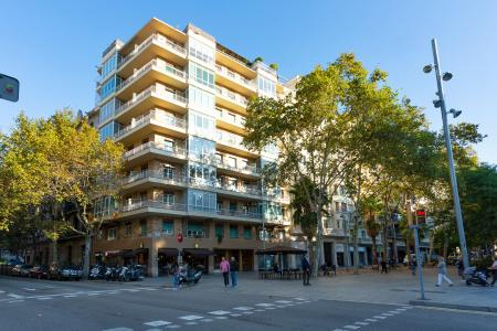 Bright 115m2 flat for rent with views of the Eixample neighbourhood