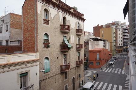Piso en Alquiler en Barcelona Plaça Carme Monturiol - Av Meridiana