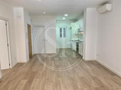 Apartment for Rent in Madrid Barquillo - Chueca