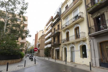 Piso en Alquiler en Barcelona Deu I Mata - Cinc Torres
