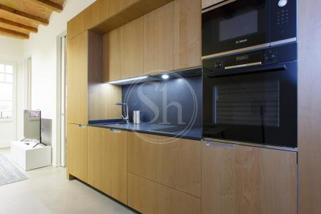 Warm charismatic one bed flat to rent in Eixample