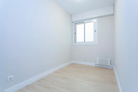 Appartement te huur in Barcelona Avinguda Xile - Dr. Marañón (calefacción Incluida)